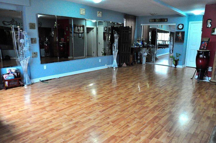 Toronto best salsa group private dance classes location for Hardwood floors etobicoke