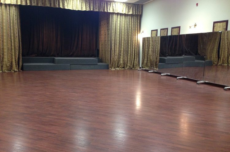Tornto Salsa Bachata MISSISSAUGA Dance Studio Group Classes