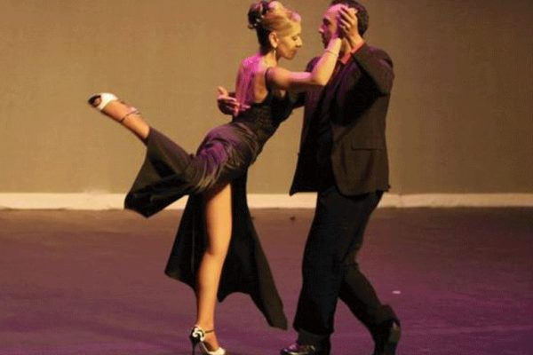 Toronto Best argentine tango Lessons dance shows