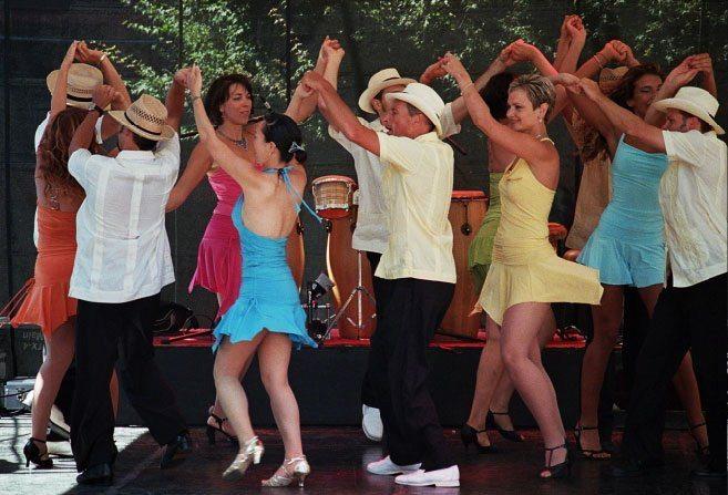 how to dance rueda de casino